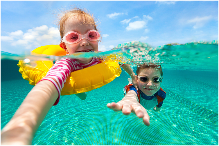 Why Should Kids Wear Children's Swimming Goggles?